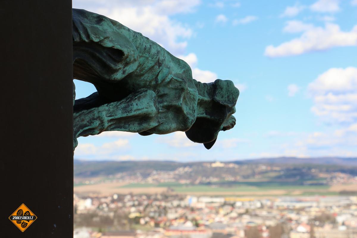 Chrlič na věži sv. Václava