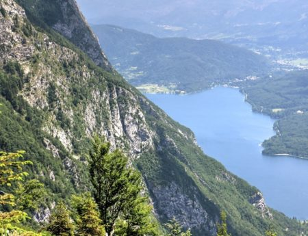 Za horskými bohy Slovinska k jezeru Bohinj